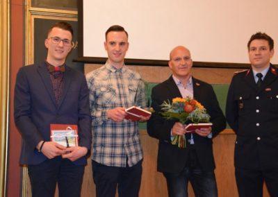 v.l. Léon, Nick, Erik Döring, Wehrführer Stefan Bendrich